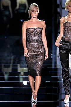 Gucci SS 2001 . Изображение № 24.