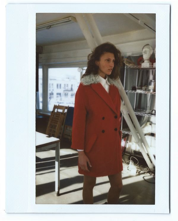 Цветной мех и облегающие платья в коллекции Luda Nikishina. Изображение № 7.