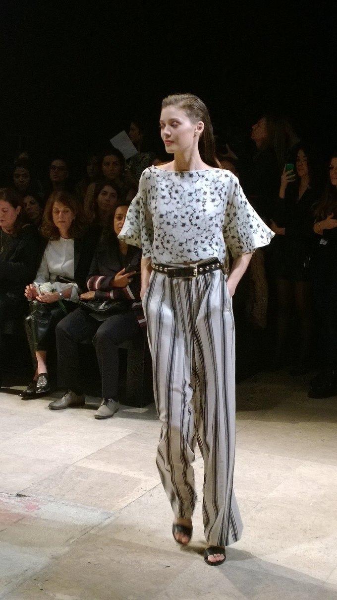Прямой репортаж  с Paris Fashion Week:  День 8. Изображение № 2.