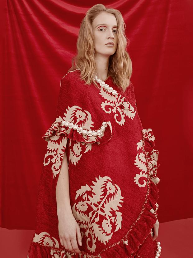 В красном цвете:  Яркие образы для  Нового года и не только. Изображение № 12.