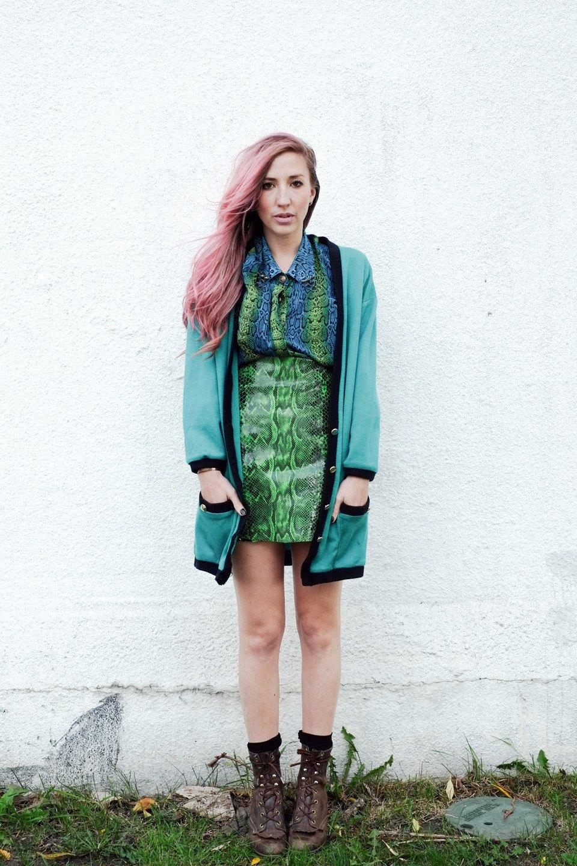 Роуз Бродбент, художница и владелец винтажного бутика из Торонто. Изображение № 26.