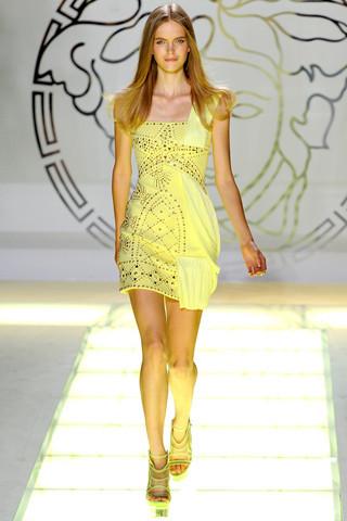 Milan Fashion Week: показ Versace SS 2012. Изображение № 23.
