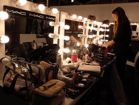 London Fashion Week: Бэкстейдж Danielle Scutt. Изображение № 5.