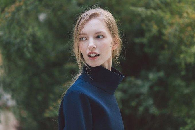 Объемные пальто и клетка в осеннем лукбуке Zara. Изображение № 23.