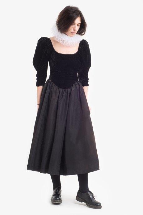 Создательница салона винтажа Наталина Бонапарт о любимых нарядах. Изображение № 17.