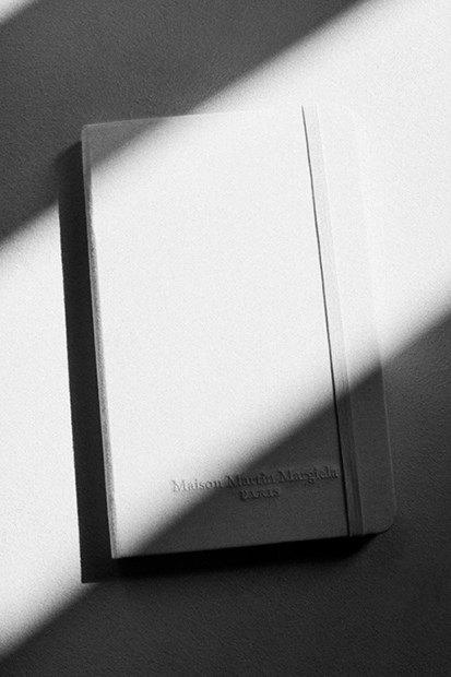 Maison Martin Margiela и Moleskine выпустили записные книжки. Изображение № 1.