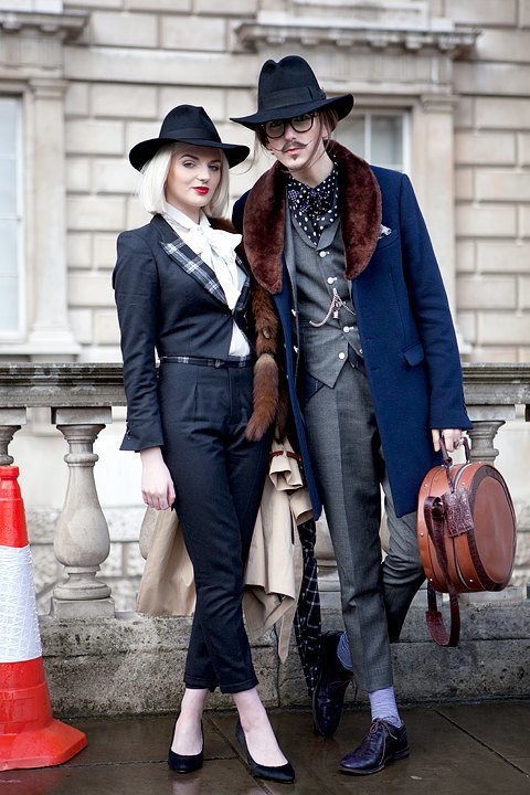 Стритстайл:  Что носят гости  London Fashion Week. Изображение № 14.