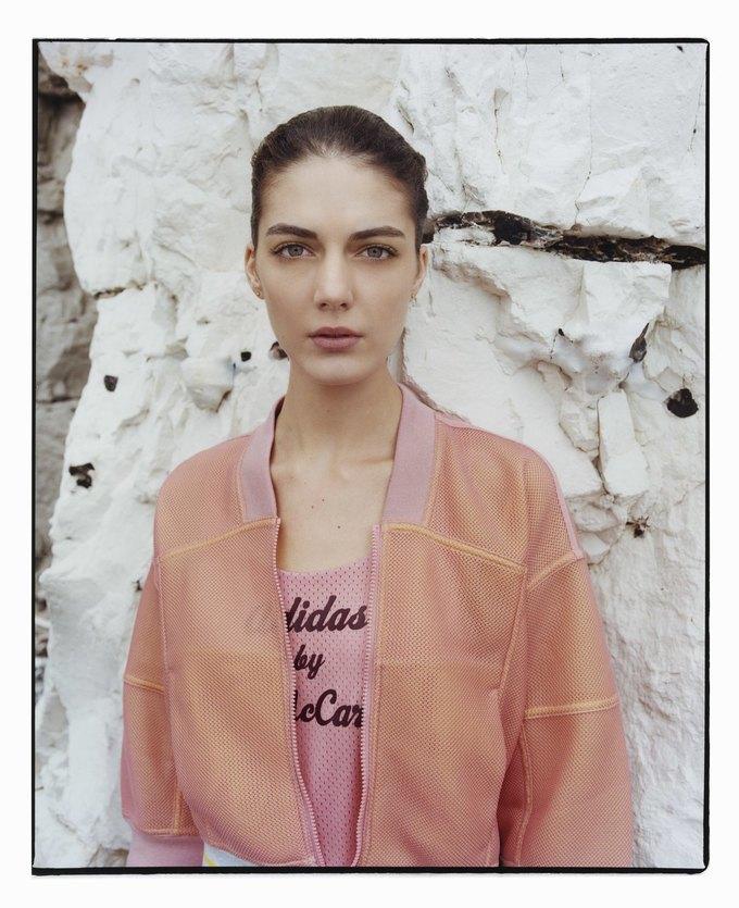 Cтелла Маккартни показала новую коллекцию для adidas. Изображение № 12.
