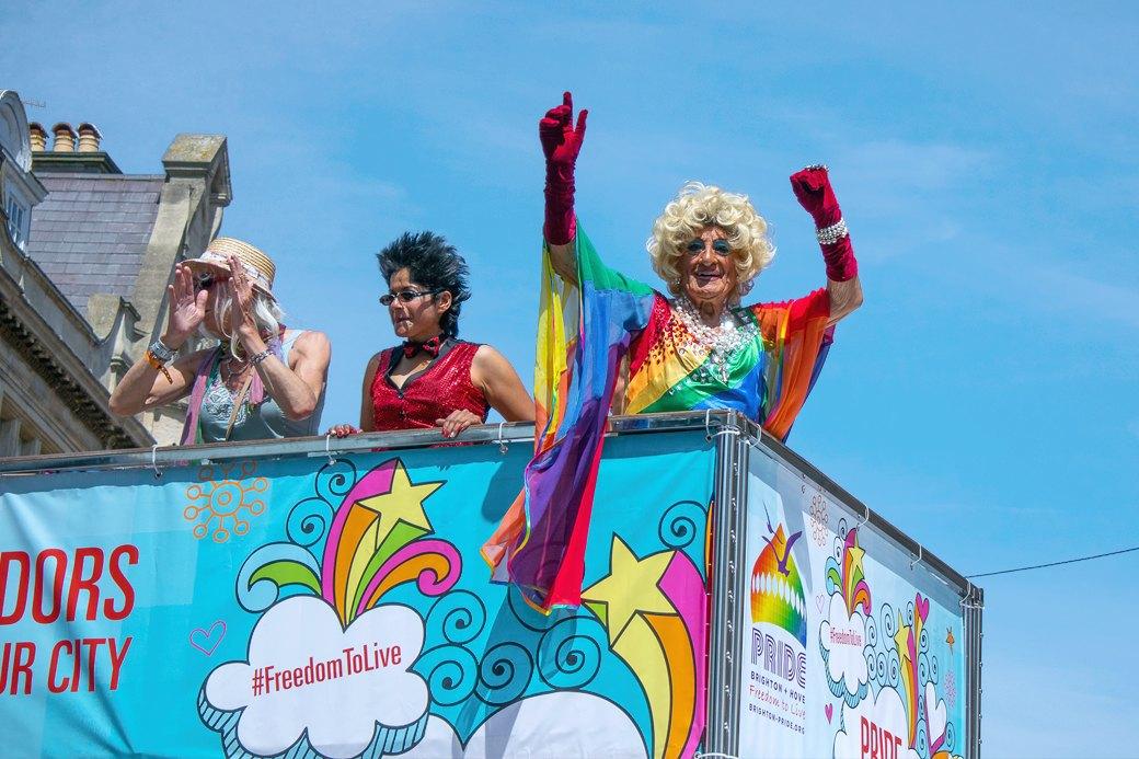 Гордость без предубеждений:  Репортаж с гей-парада в Брайтоне . Изображение № 5.