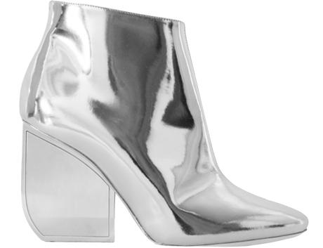 10 пар лаковой обуви для любой погоды: От простых до роскошных. Изображение № 9.