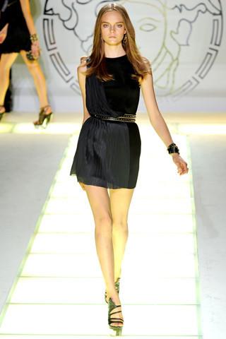 Milan Fashion Week: показ Versace SS 2012. Изображение № 33.