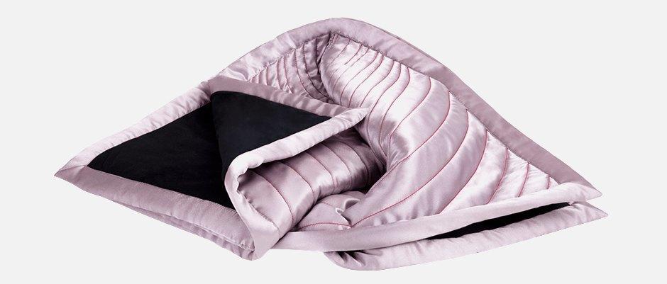 Одеяло для секса во время месячных Thinx. Изображение № 1.