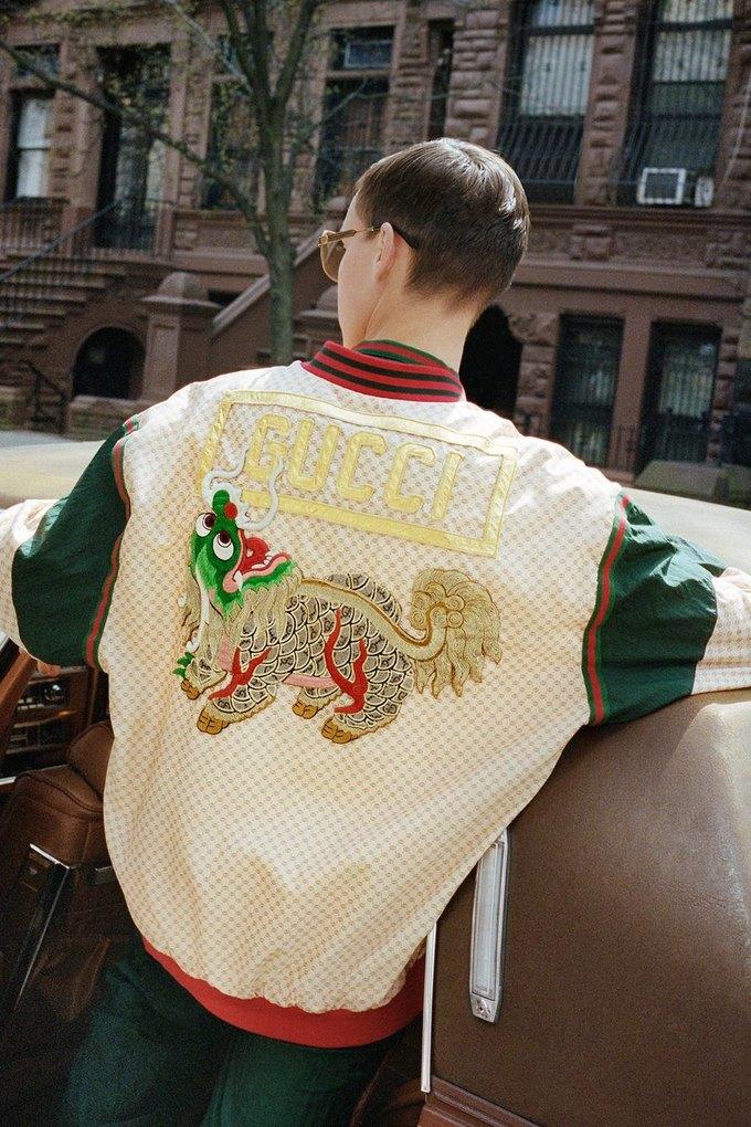 Gucci показали коллаб с дизайнером Дэппер Дэном. Изображение № 24.