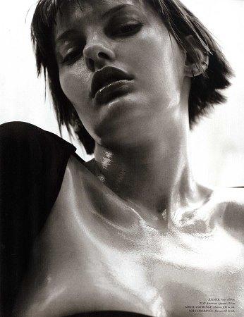 Аманда Мёрфи,  модель, открывшая  и закрывшая Prada. Изображение № 7.