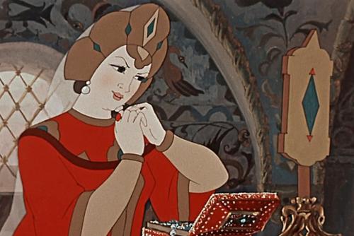 Кокошник: История «запретной женственности». Изображение № 5.