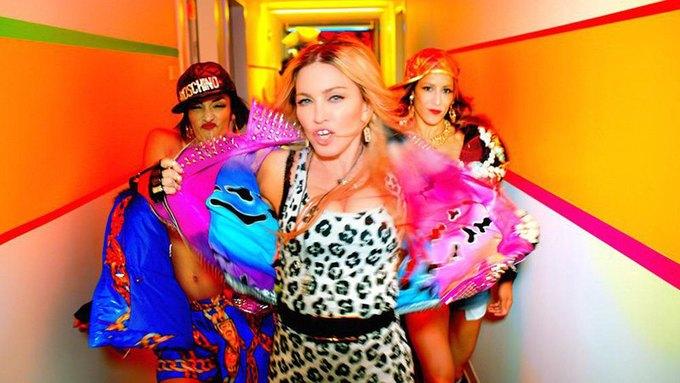 В новом клипе Мадонны снялись Бейонсе, Майли Сайрус и Александр Вэнг. Изображение № 1.