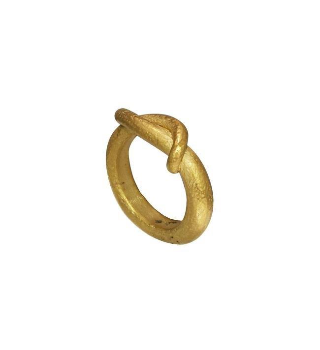 Канье Уэст выпустил первую ювелирную коллекцию. Изображение № 10.