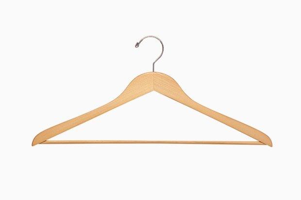 Пуховик, уходи: Как подготовить гардероб  к тёплому сезону. Изображение № 4.