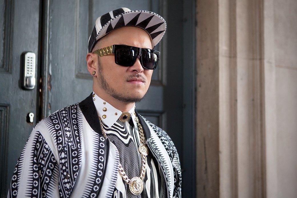 Стритстайл:  Что носят гости  London Fashion Week. Изображение № 1.
