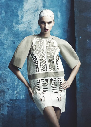 Скульптурные платья с перфорацией Atelier Kikala. Изображение № 3.