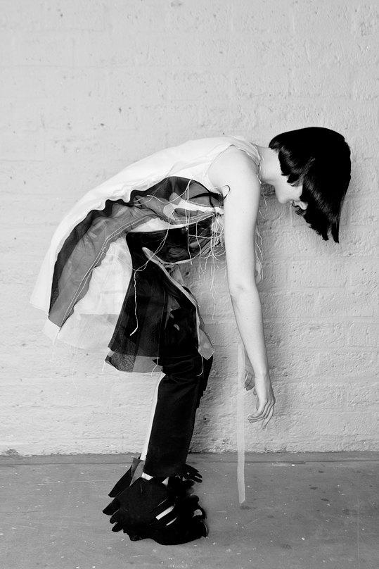 Эльвира Ти Арт,  дизайнер с лазером  вместо ножниц  . Изображение № 2.