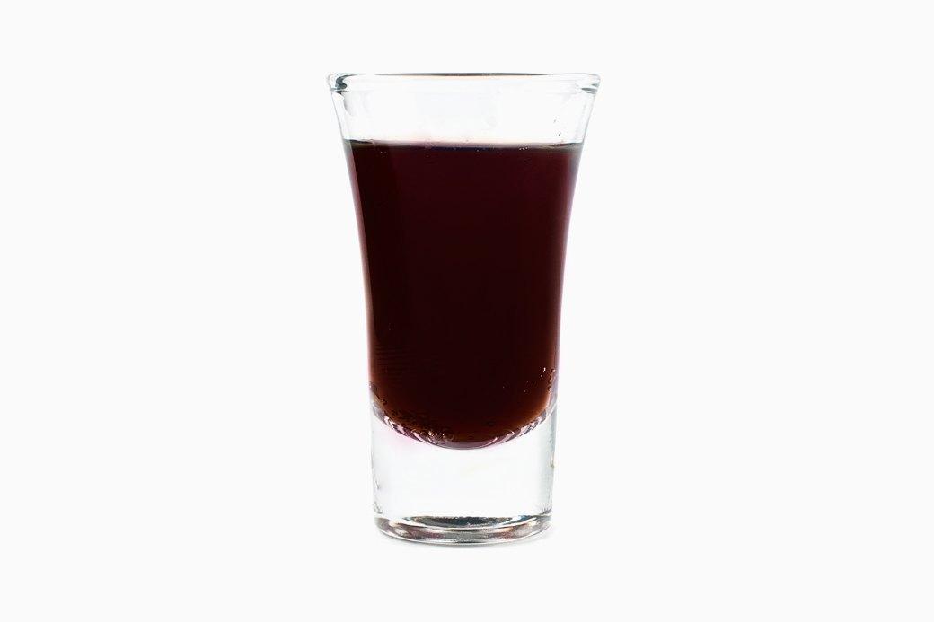 Напитки покрепче  и покороче: 10 рецептов  согревающих шотов. Изображение № 4.