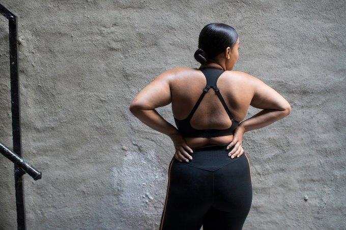 Nike запустили линию спортивной одежды больших размеров. Изображение № 2.