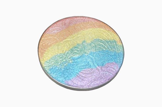 Северное сияние: 8 хайлайтеров всех цветов радуги. Изображение № 5.