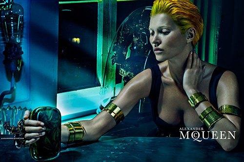 Кейт Мосс стала новым лицом Alexander McQueen. Изображение № 7.