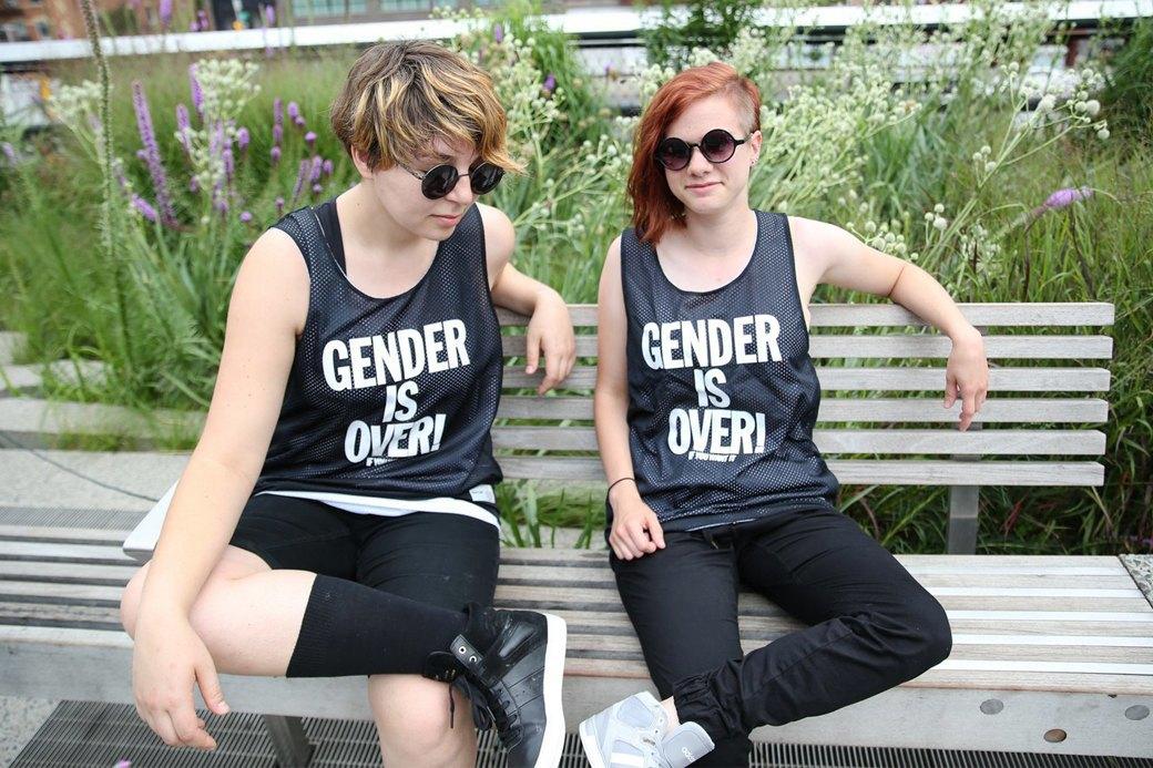 Авторы маек  Gender Is Over о борьбе с гендерной нормой. Изображение № 1.
