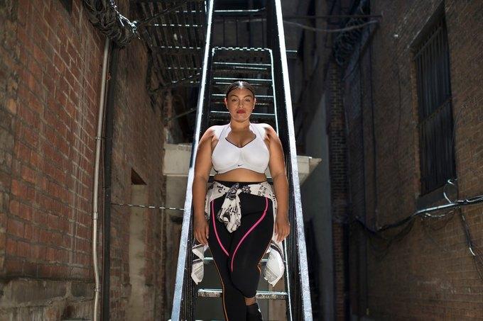 Nike запустили линию спортивной одежды больших размеров. Изображение № 5.