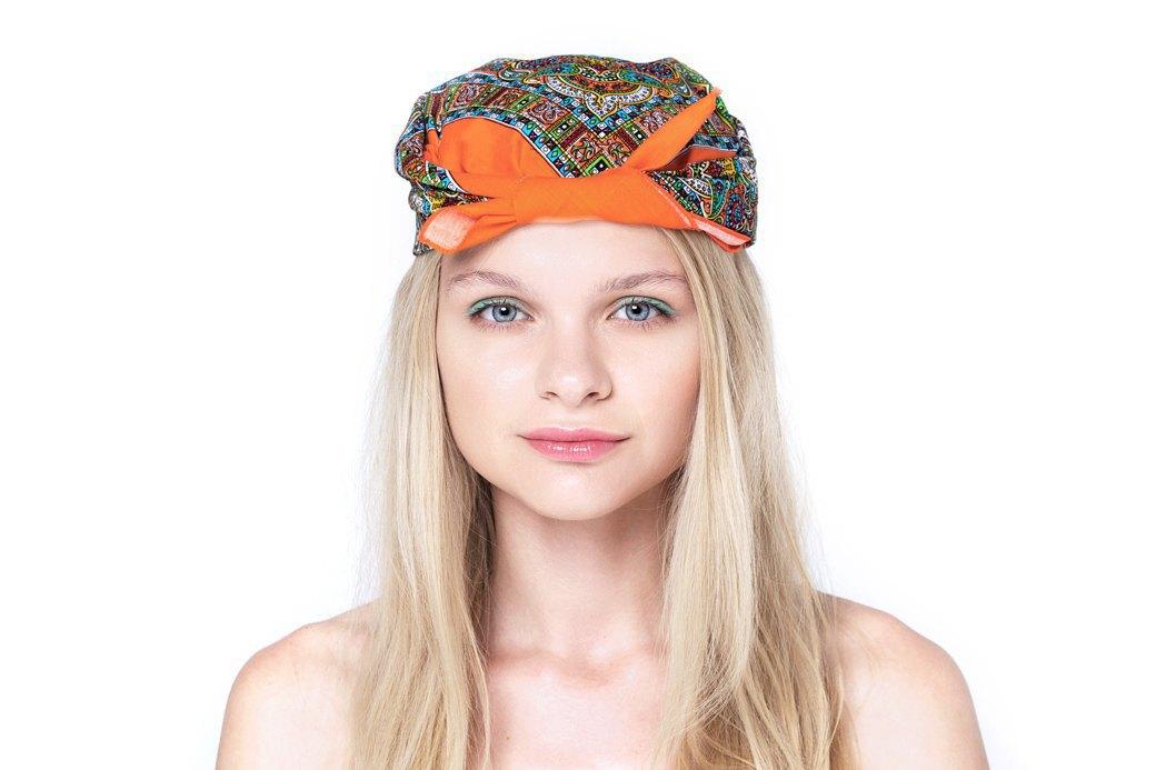 7 способов повязать платок  на голову. Изображение № 3.