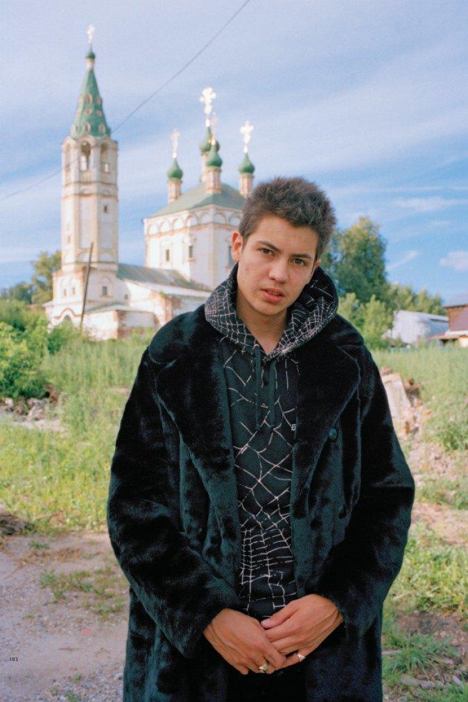 Гоша Рубчинский и Толя Титаев запустили новую марку «Рассвет». Изображение № 17.