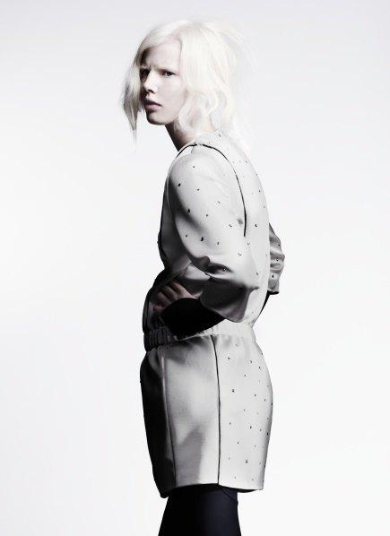 Пальто с графическими принтами в лукбуке Minimarket . Изображение № 5.