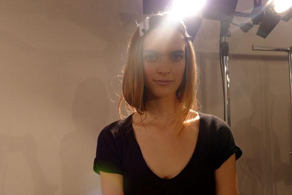 Alberta Ferretti: Бэкстейдж и показ SS 2012. Изображение № 2.