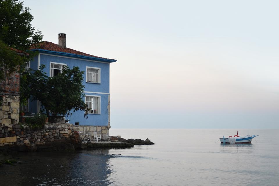 Куда поехать летом: 8 мест для культурно-пляжного отдыха. Изображение № 2.