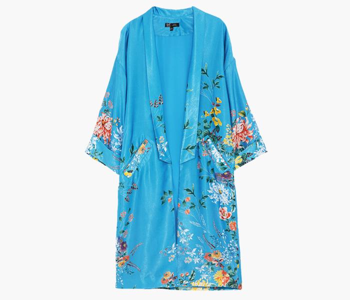 Расслабленный подход: 10 халатов от простых до роскошных. Изображение № 11.