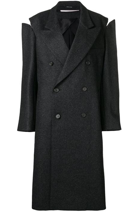 Пальто на осень: 10 тёплых вариантов от простых до роскошных. Изображение № 9.