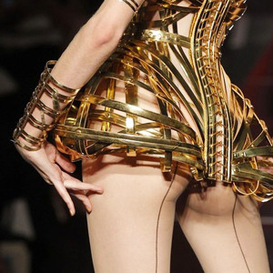 Неделя высокой моды в Париже: 9 главных коллекций. Изображение № 11.