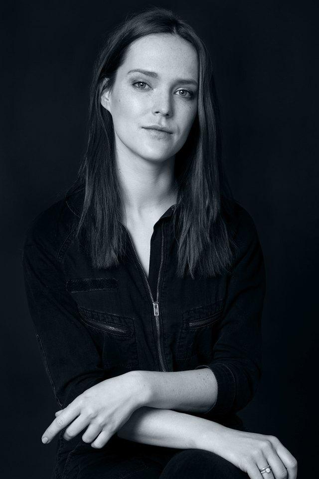 Актриса Александра Черкасова-Служитель о любимых книгах. Изображение № 1.