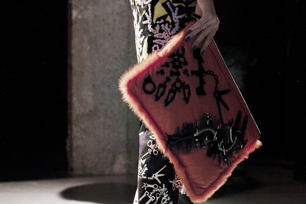 Paris Fashion Week FW 14: Бэкстейдж показа Kenzo. Изображение № 21.