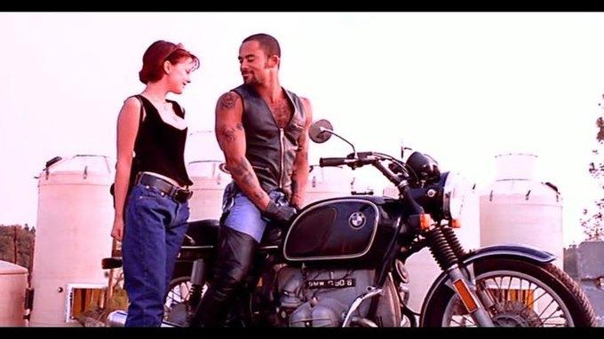 Что можно узнать  о стиле 90-х из фильма Грегга Араки «Нигде». Изображение № 22.