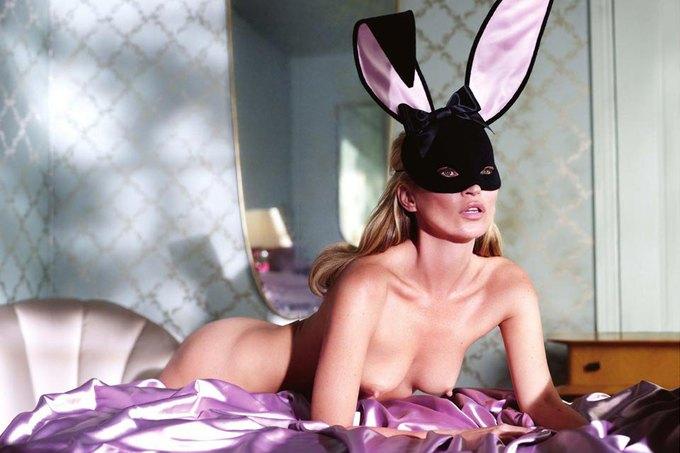 Кейт Мосс снялась для юбилейного номера Playboy. Изображение № 8.