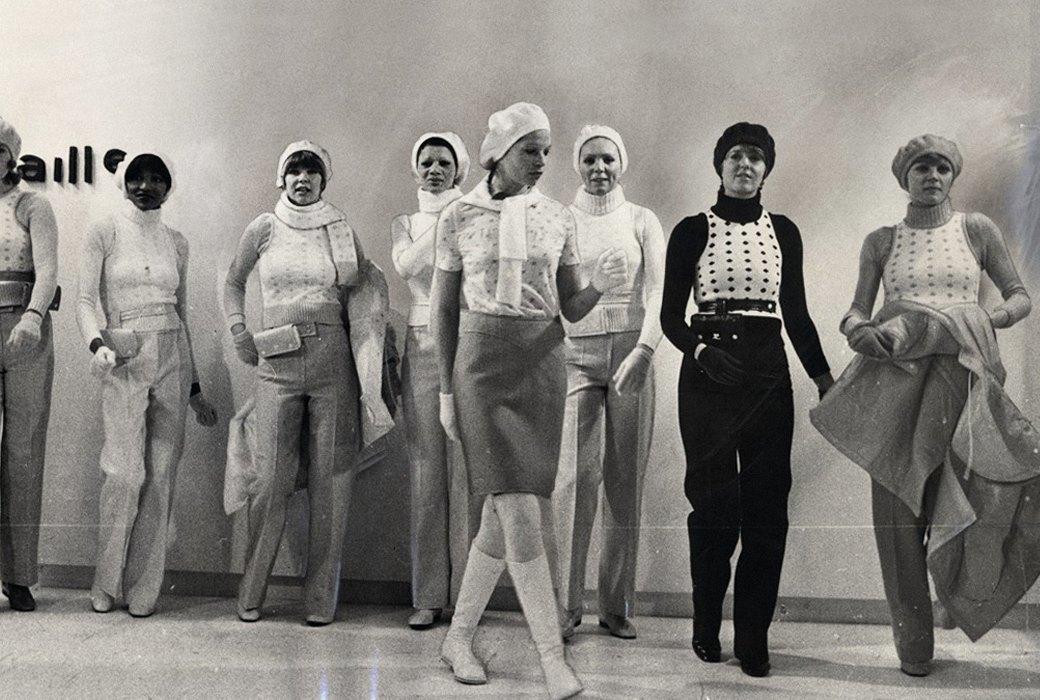 Клеш и мини: Зачем нам мода полувековой давности. Изображение № 6.