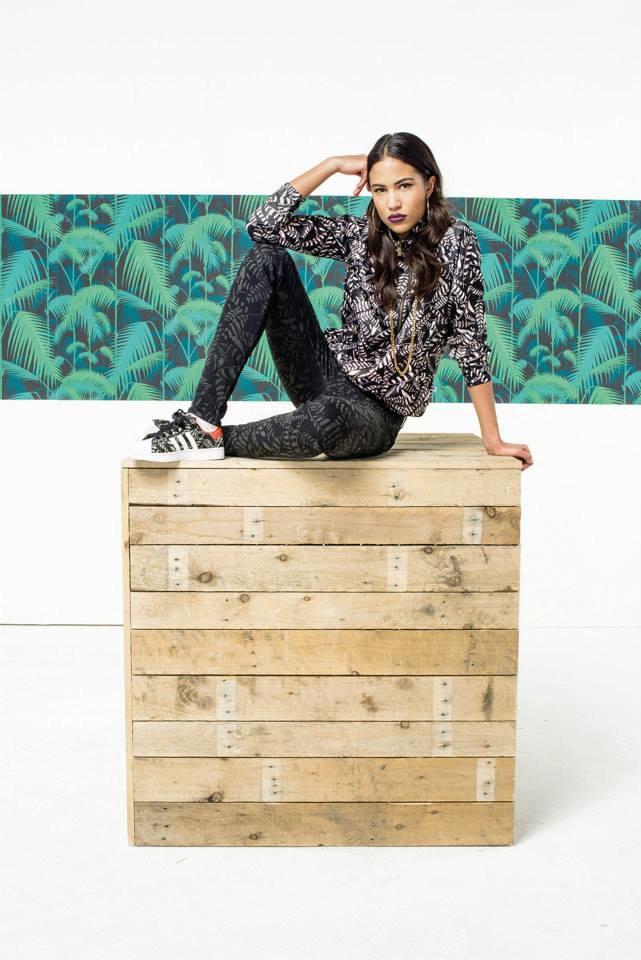 Новый лукбук Adidas Originals — в стиле вогинг. Изображение № 23.