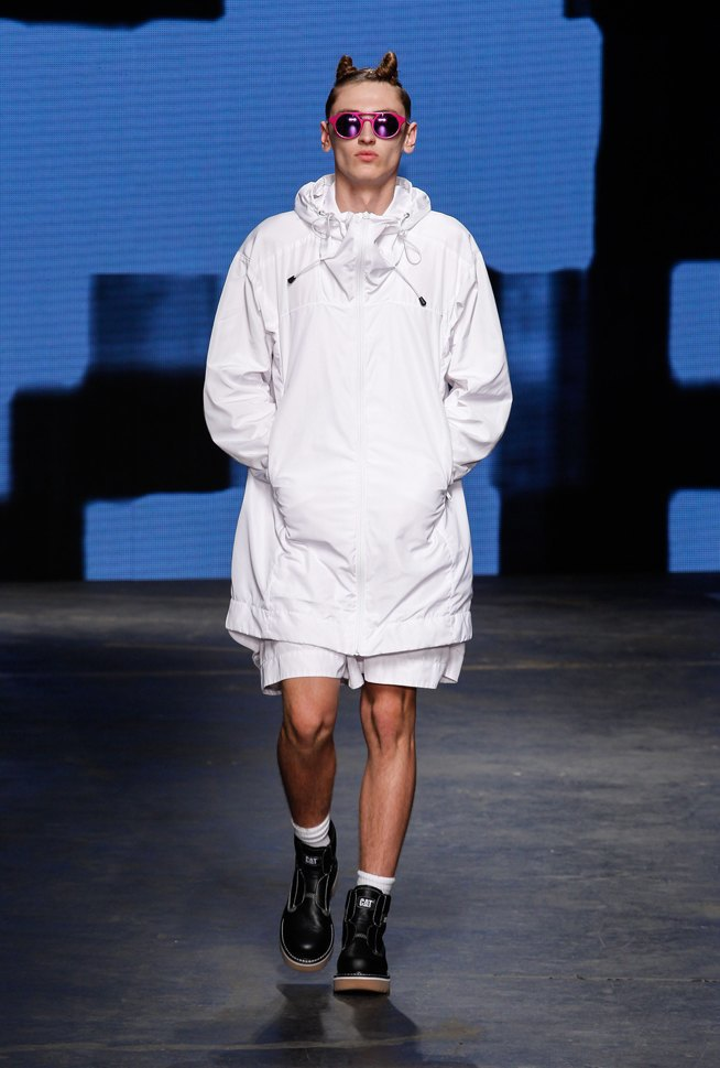 Дай поносить: 10 модных мужских нарядов, которые хочется отобрать. Изображение № 4.