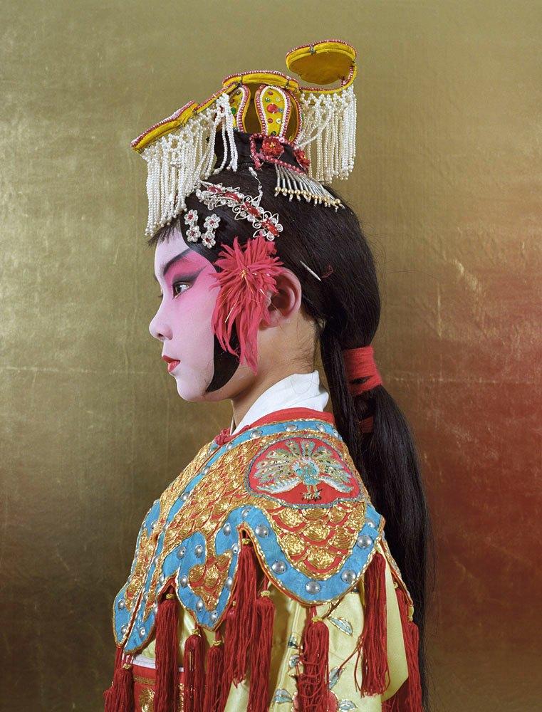 «Opera»: Студенты Пекинской оперы  в традиционных костюмах. Изображение № 4.