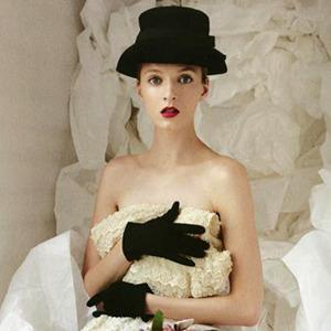 Перемены в Dior: Гальяно vs. Симонс. Изображение № 6.