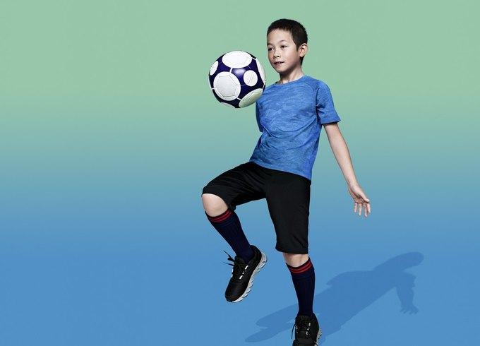 Uniqlo представили первую спортивную коллекцию. Изображение № 15.
