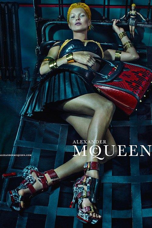 Кейт Мосс стала новым лицом Alexander McQueen. Изображение № 4.